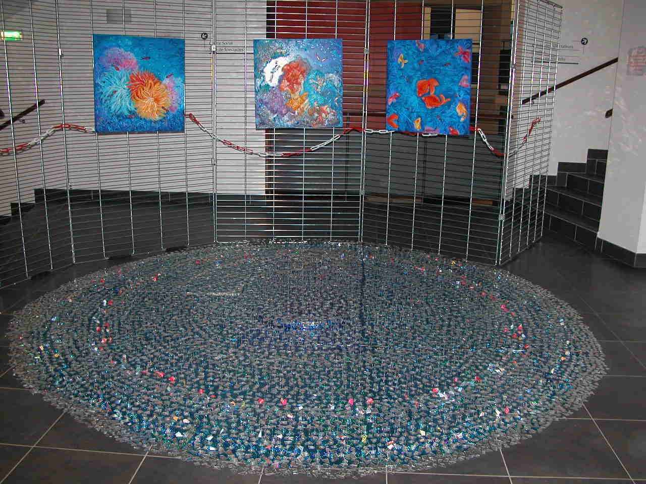 Fontaine Miroitante et 3 tableaux