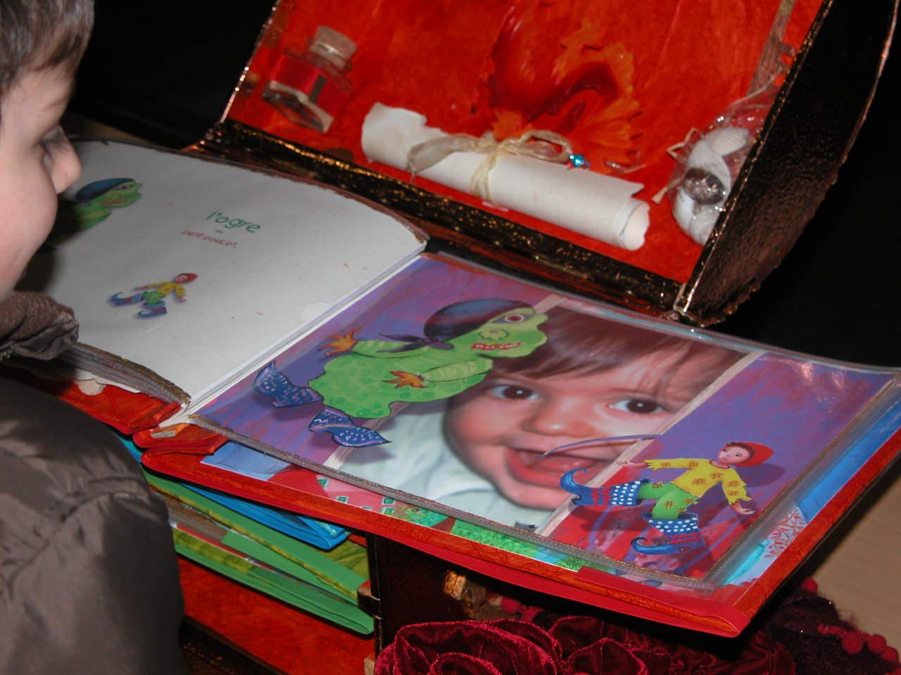"""Le livre de  """"l' île aux Monstres """"  ( création unique pour enfant )"""