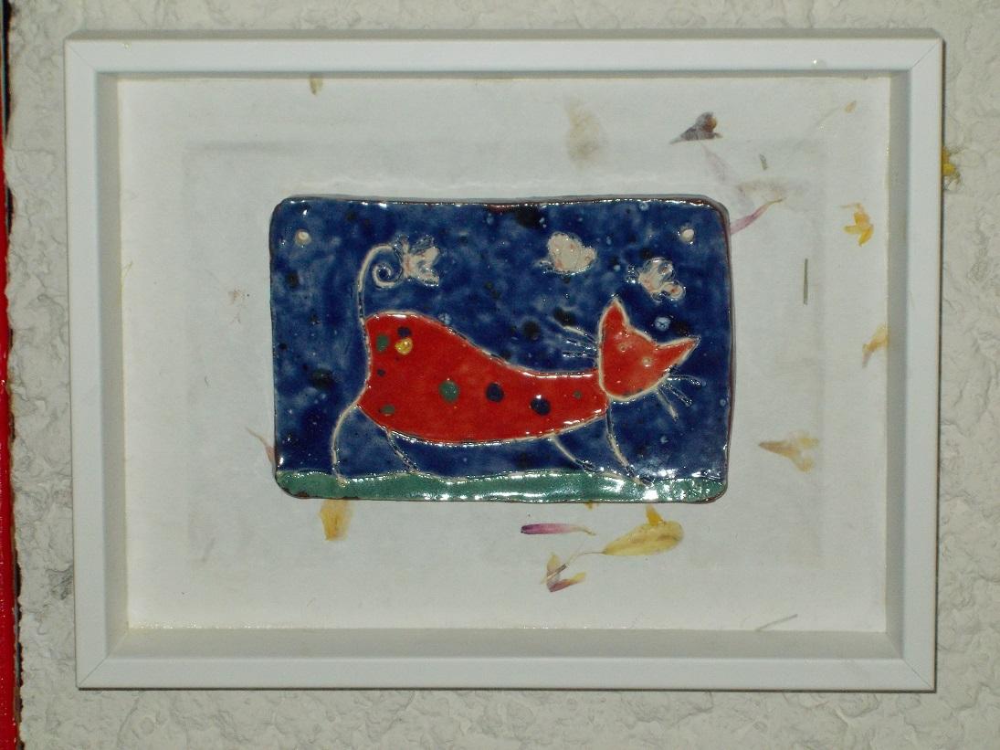 Tableau émaillé Chat rouge tacheté (accroché au mur)